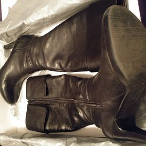 Timeless black leather boots